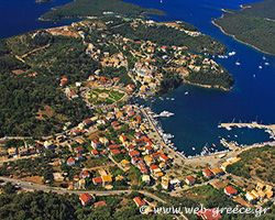 Sivota: The cosmopolitan resort of Thesprotia