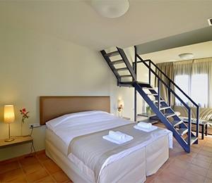 Ellopia Point Hotel