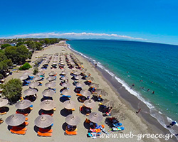 Mavrovouni: An endless sandy beach with clear waters