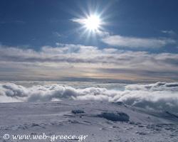 Καϊμάκτσαλαν: Η «λευκή κορυφή» με τη σπάνια βλάστηση