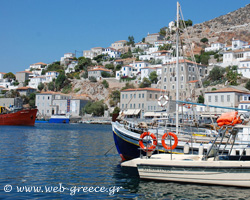 Saronic Islands: Picturesque fishing villages with rich history and tradition