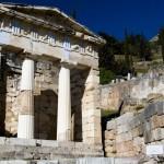 Θησαυροφυλάκιο Αθηνών, Δελφοί