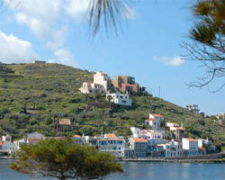 Kea: Ancient monuments, oak forests and amazing trails