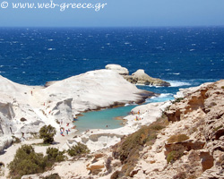 Milos: Impressive and unusual natural beauty