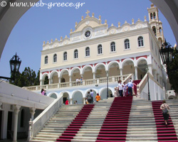 Tinos: The island of Virgin Mary